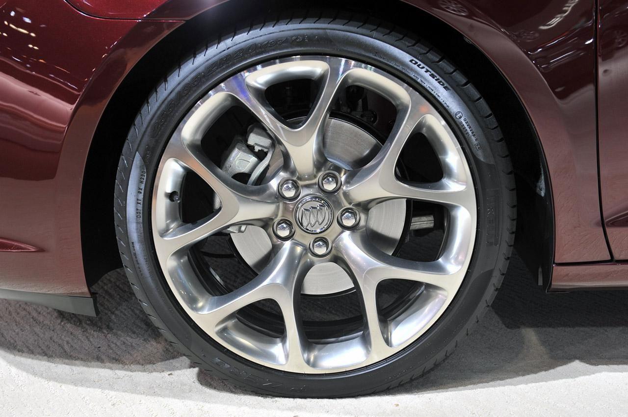 Элегантный Buick LaCrosse GL Concept Дерево