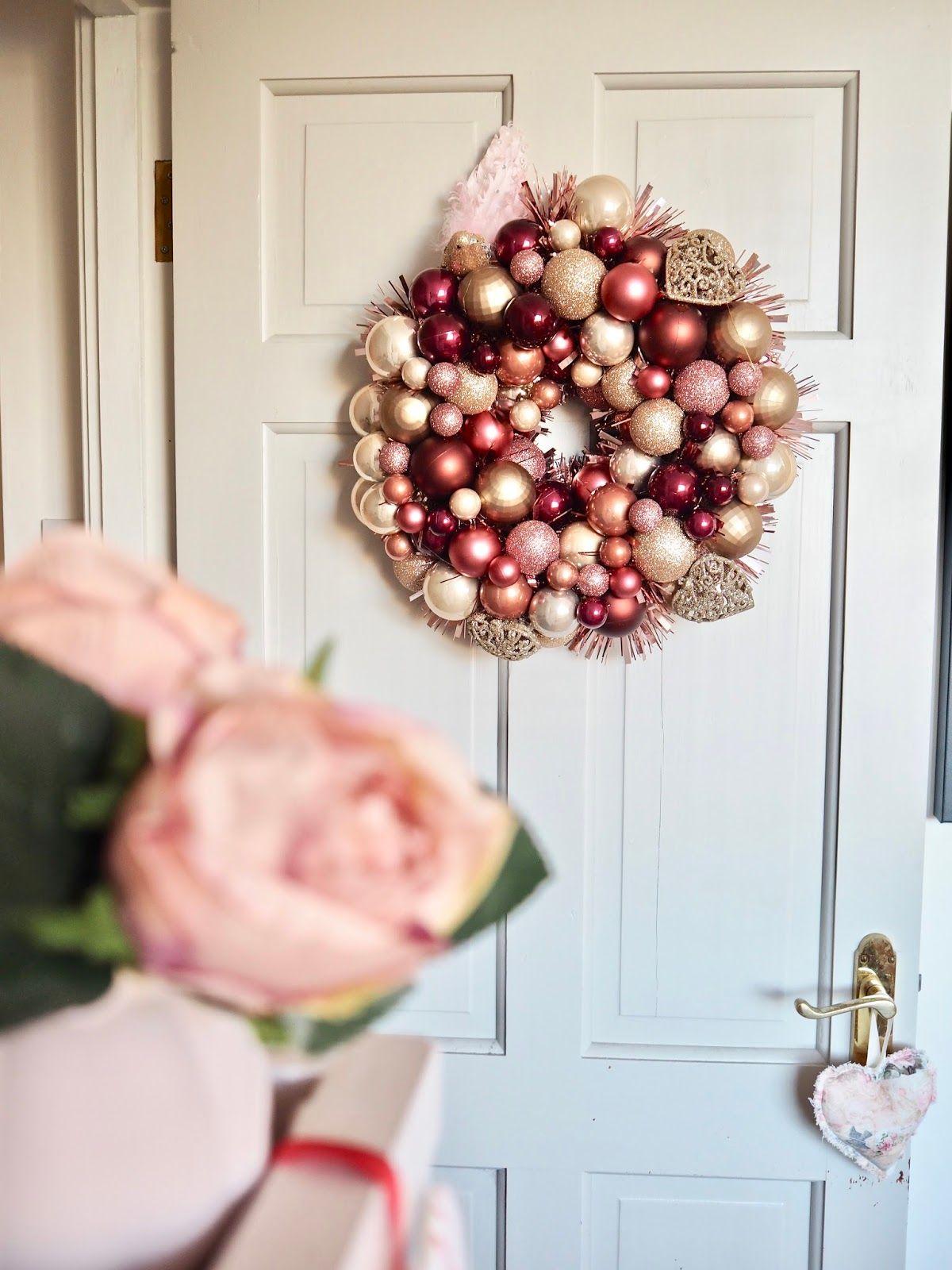 DIY Bauble Wreath | Christmas DIY - Dainty Dress Diaries