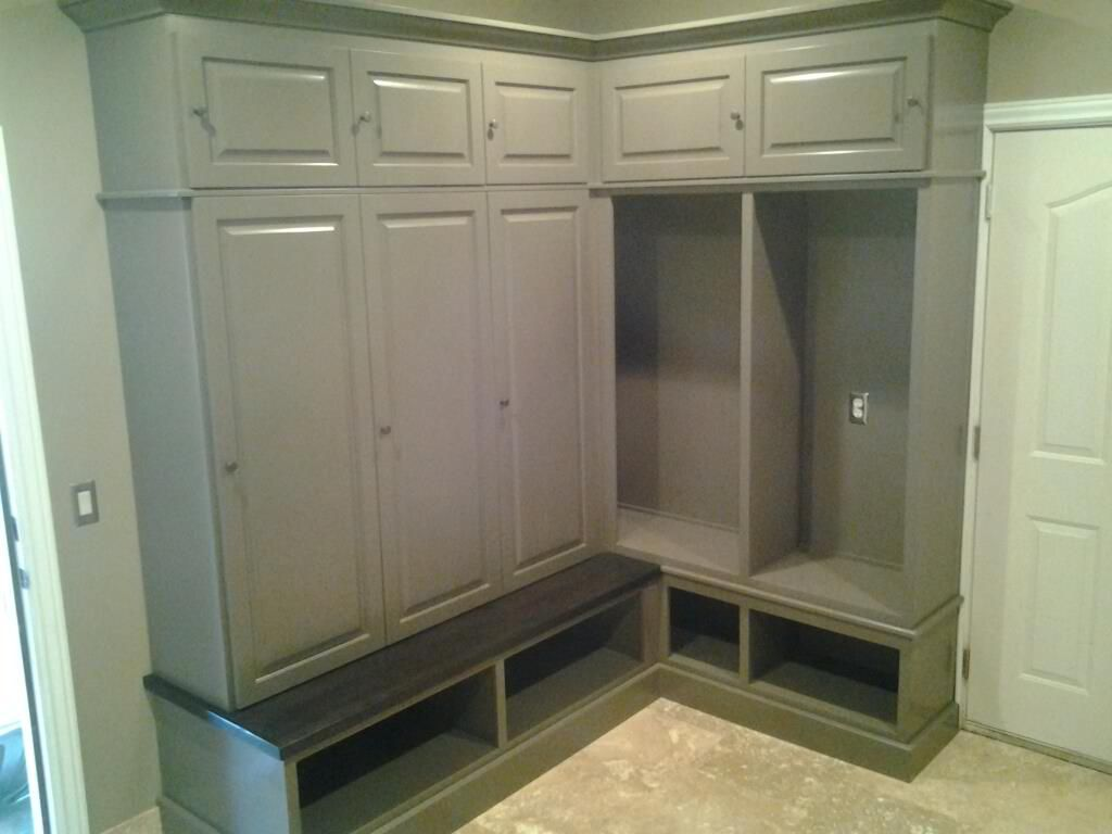 Mud room bench and lockers