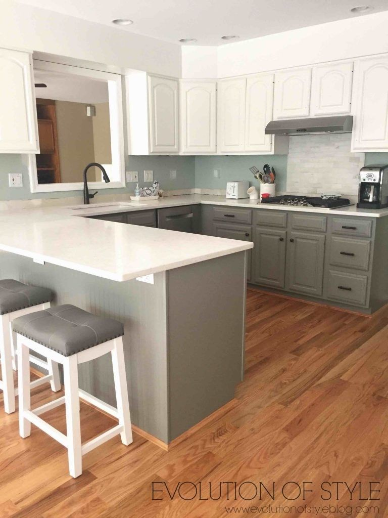 Best Simply White And Chelsea Gray Kitchen Gray White 400 x 300