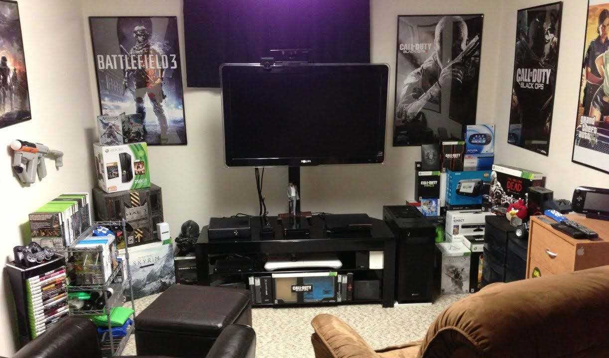 Gamer room pesquisa google sala geek pinterest for Geek bedroom ideas