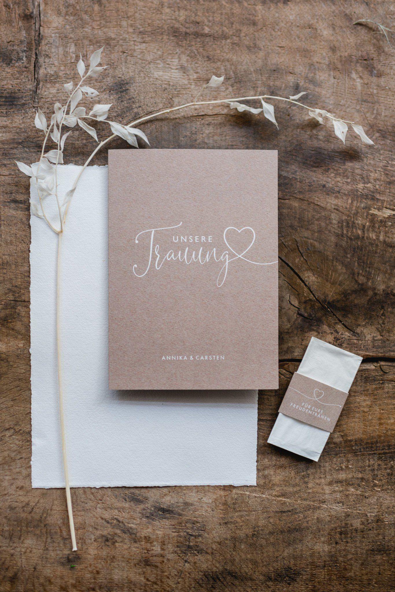Was Kostet Eine Hochzeit Iii Einladung Und Papeterie Fraulein K Sagt Ja Hochzeitsblog Kosten Hochzeit Einladungen Hochzeitslogos