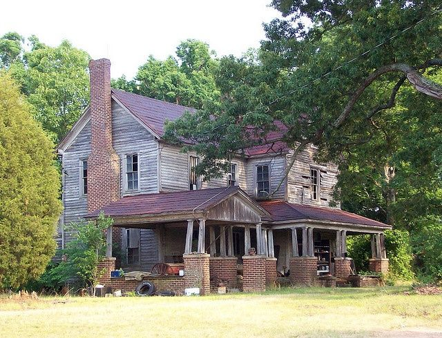 old farmhouses for sale old farmhouse in rowan county nc old rh pinterest com