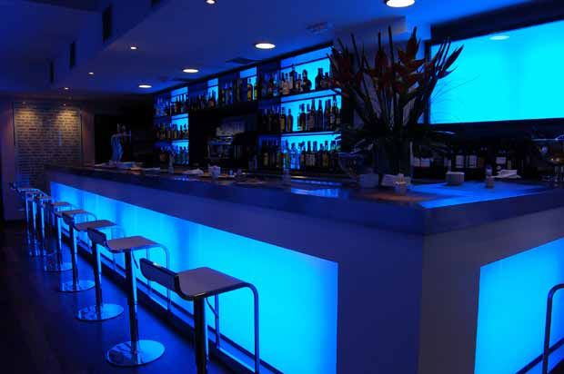 Think Glass Looks Like Ice And Comes In Various Colors And - Bar design tribe hyperclub by paolo viera