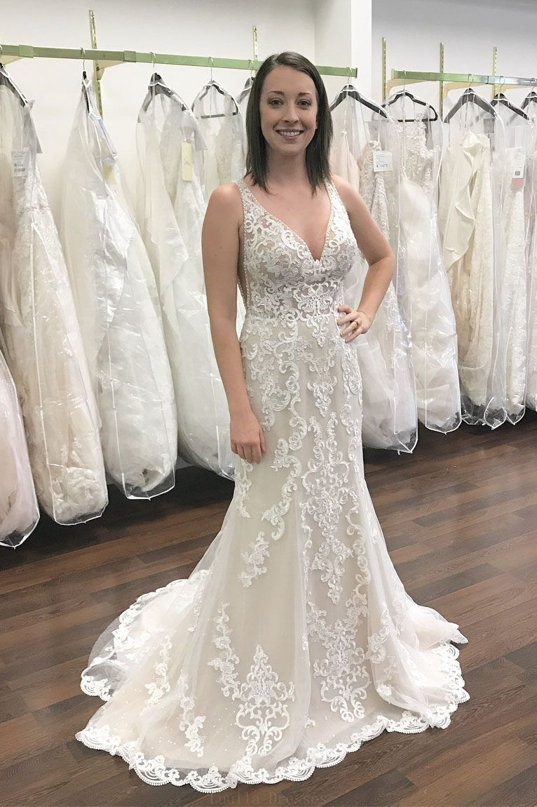 Outlet light lace wedding dresses gorgeous v neck white lace mermaid