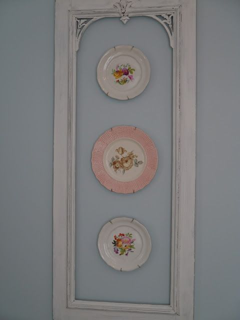 Plates on wall/might also be nice with interior of framed area painted a second color. #ShabbyChicKitchen
