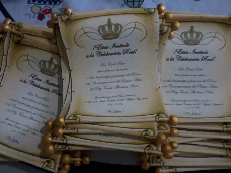 Tarjeta De Invitación De Cumpleaños Temática Rey