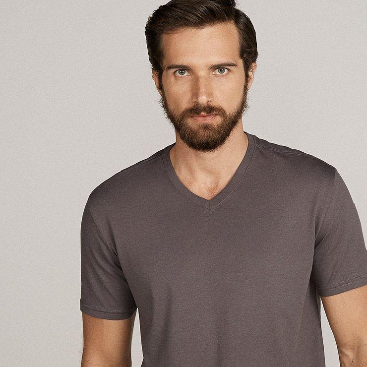 camiseta masculina gola V chumbo basico.com #vivabasico #soubasico  www.basico.com
