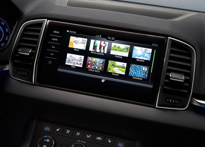 2017 Skoda Karoq With Smartlink System Supports Apple Carplay And Android Auto Skoda Car Model Miniature Cars