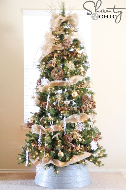 how-to-decorate-a-tree - 12 Christmas Tree Decorating Ideas Holidaze Pinterest