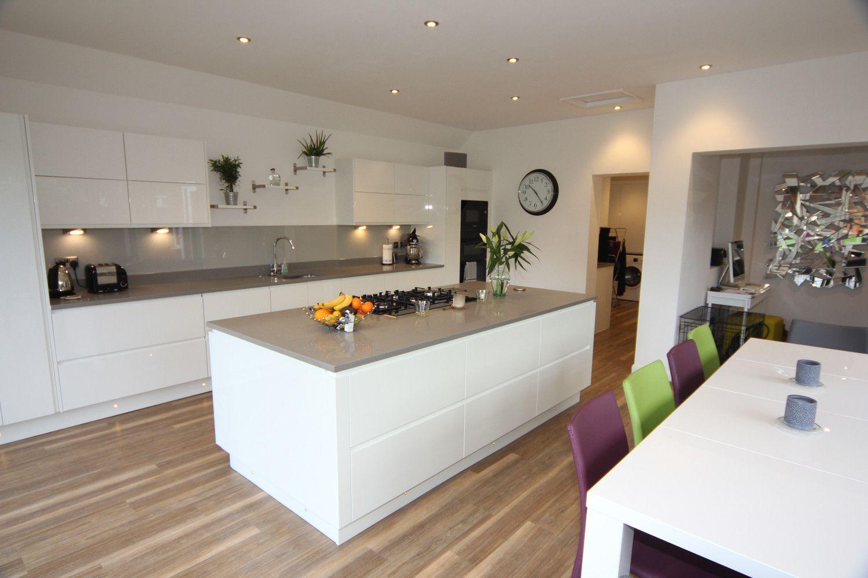 White Gloss Kitchen Splashback Ideas White Gloss Kitchen Droitwich ...
