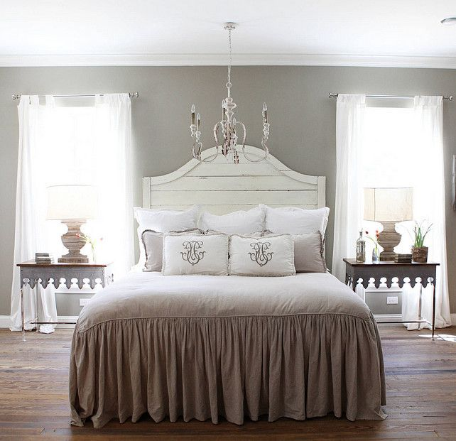The Best Bedding and Decor for a Sleep-friendly Bedroom Interior