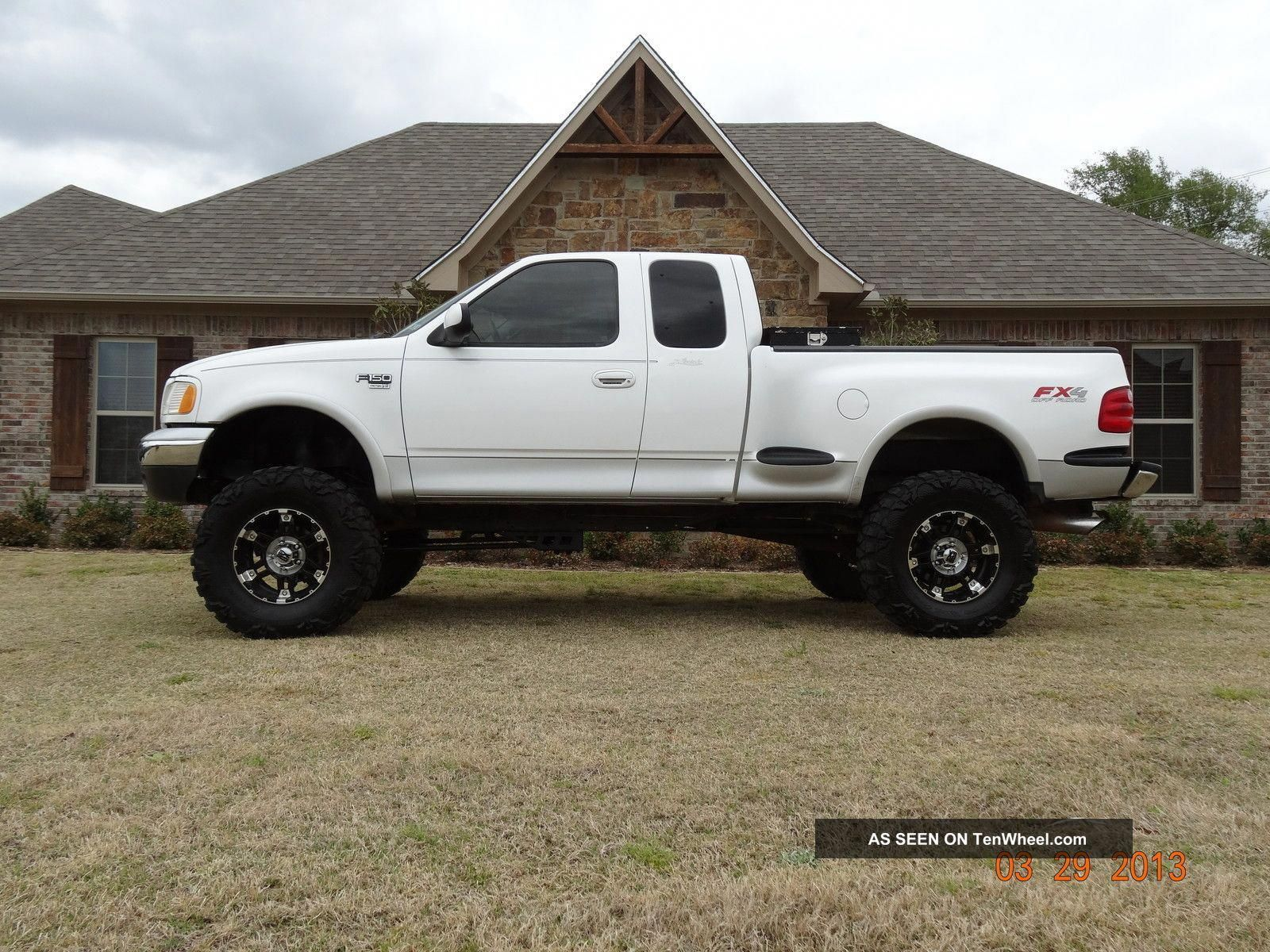 Whoa I Totally Am Keen On This Color Selection For This Keyword Modifiedf150 Ford F150 Ford F Series Lifted Ford Trucks