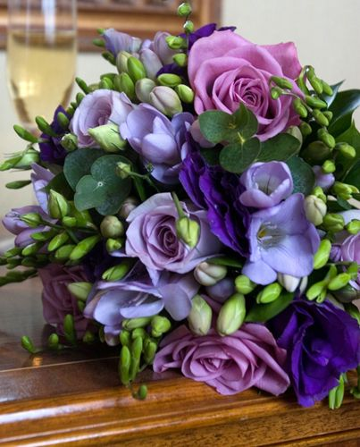Cool Weather Wedding Flowers: Cool Water Roses, Lisianthus, Freesia