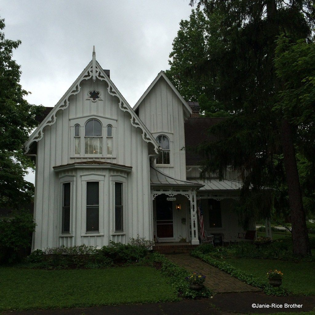 The Gothic Revival Style In Kentucky Gothic House Spanish Style House Exterior