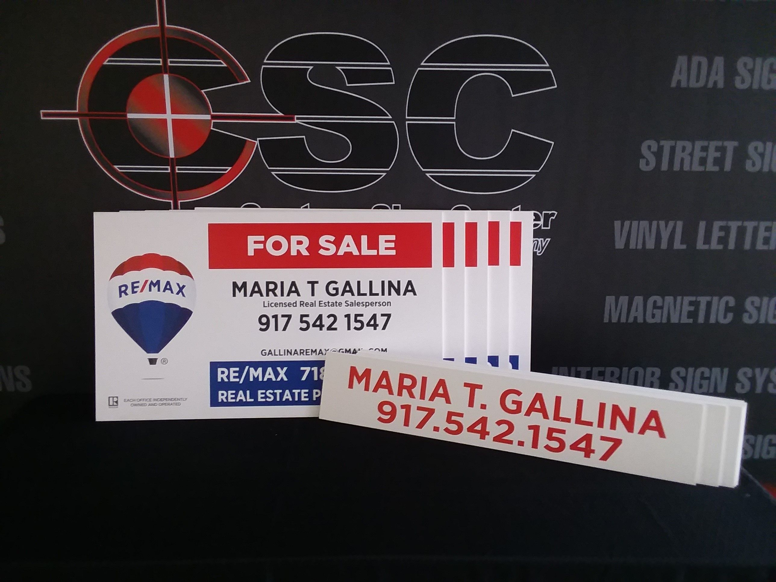 12c7bea0a92c Another completed job on time. Ship your signs anywhere! Easy online tools,  fast turnaround and #REMAXCompliant custom signs so why go anyplace else?