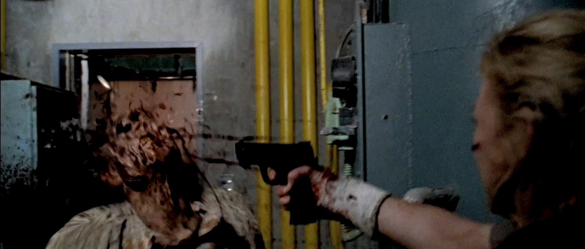 #TheWalkingDeadSeason5Trailer Beth Starts To Defend Herself Using What Looks Like The Officer's Gun