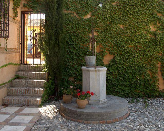 Carmen Del Aljibe Del Rey Outdoor Decor High Walls Fountain