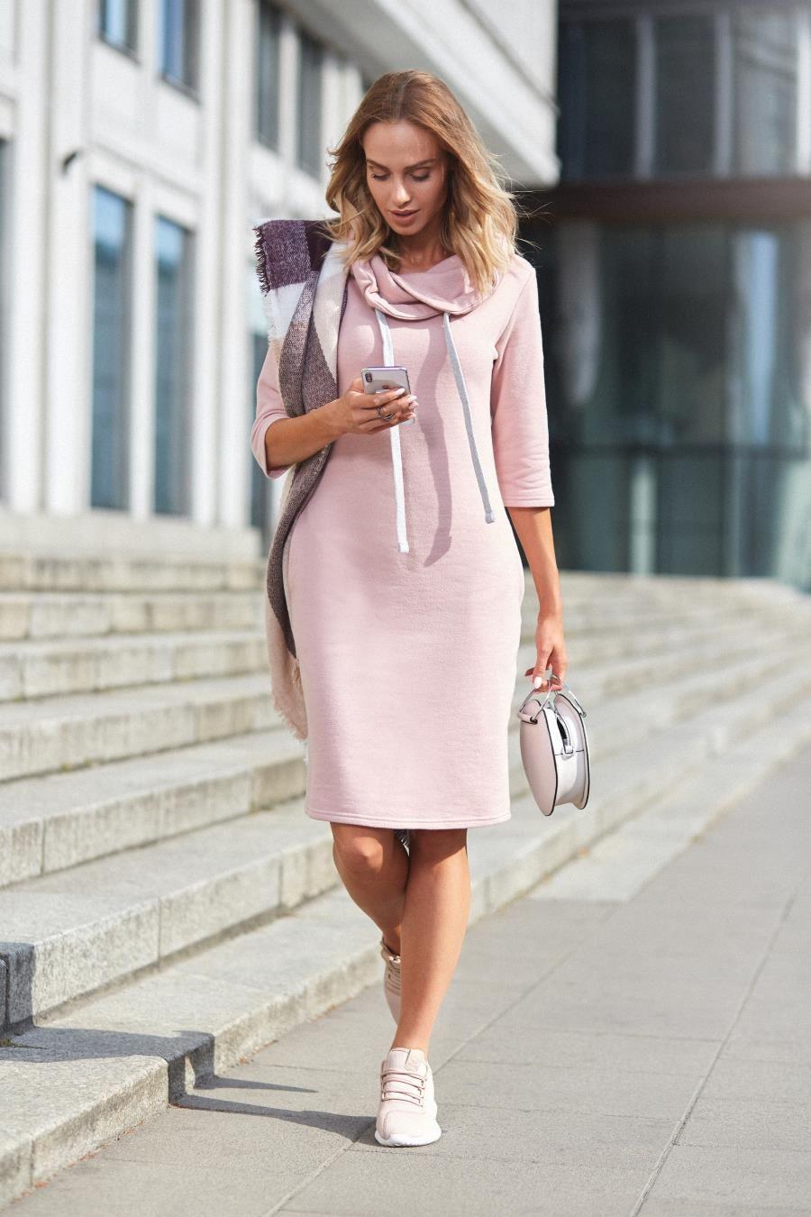 Sportowa Sukienka Pudrowy Roz Mo391 Sporty Dress Sporty Dress Outfit Trendy Casual Dress
