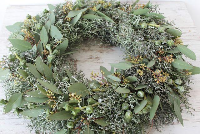 adventskranz aus eukalyptus diy weihnachten und winterzauber pinterest corone e ghirlande. Black Bedroom Furniture Sets. Home Design Ideas