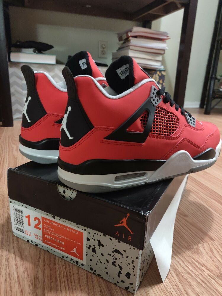 size 40 8c030 28d9f Air Jordan Retro 4
