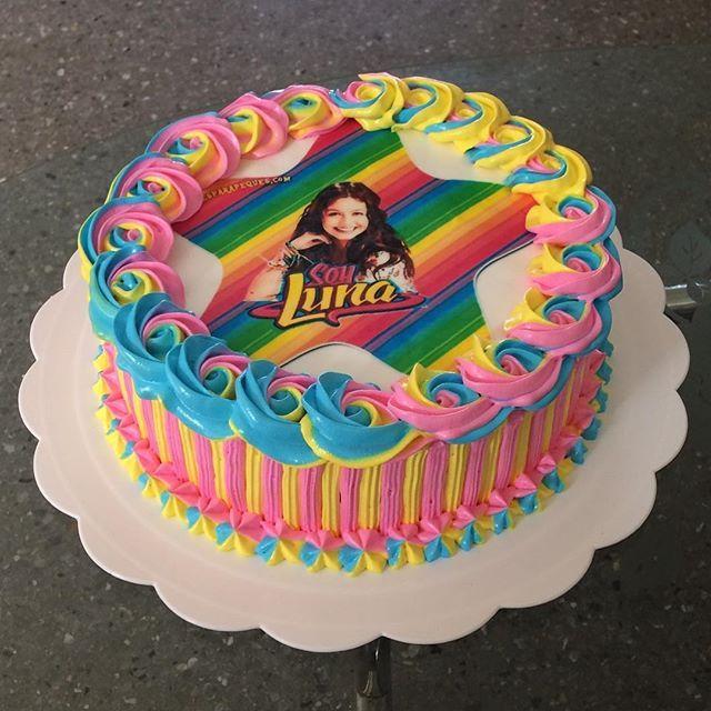 Resultado de imagen para tortas decoradas con merengue soy luna ...