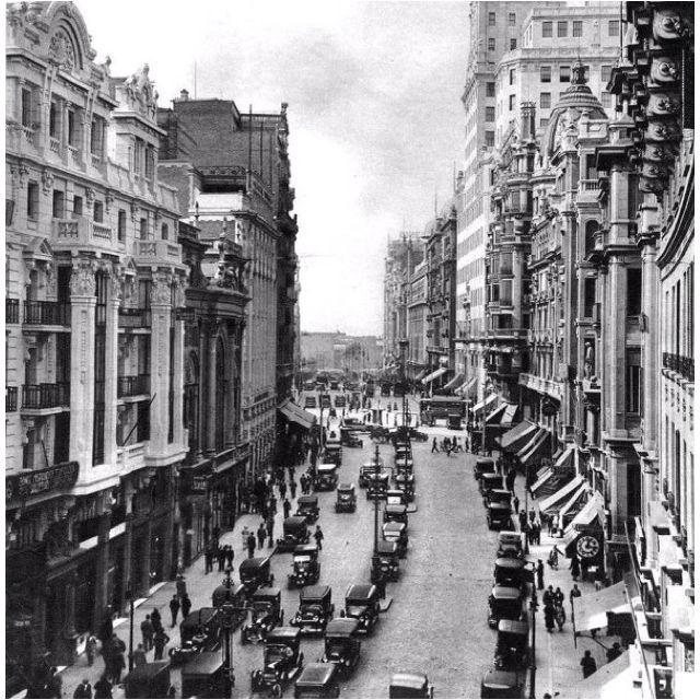 Madrid, la ciudad que me vió nacer. Gran Vía, 1930.