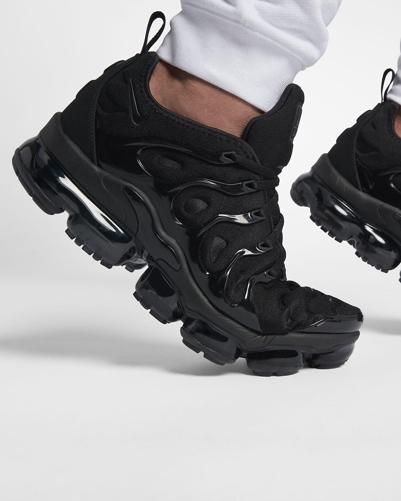 Nike Air VaporMax Plus Men's Shoe. Nike.com in 2021 | Nike air ...