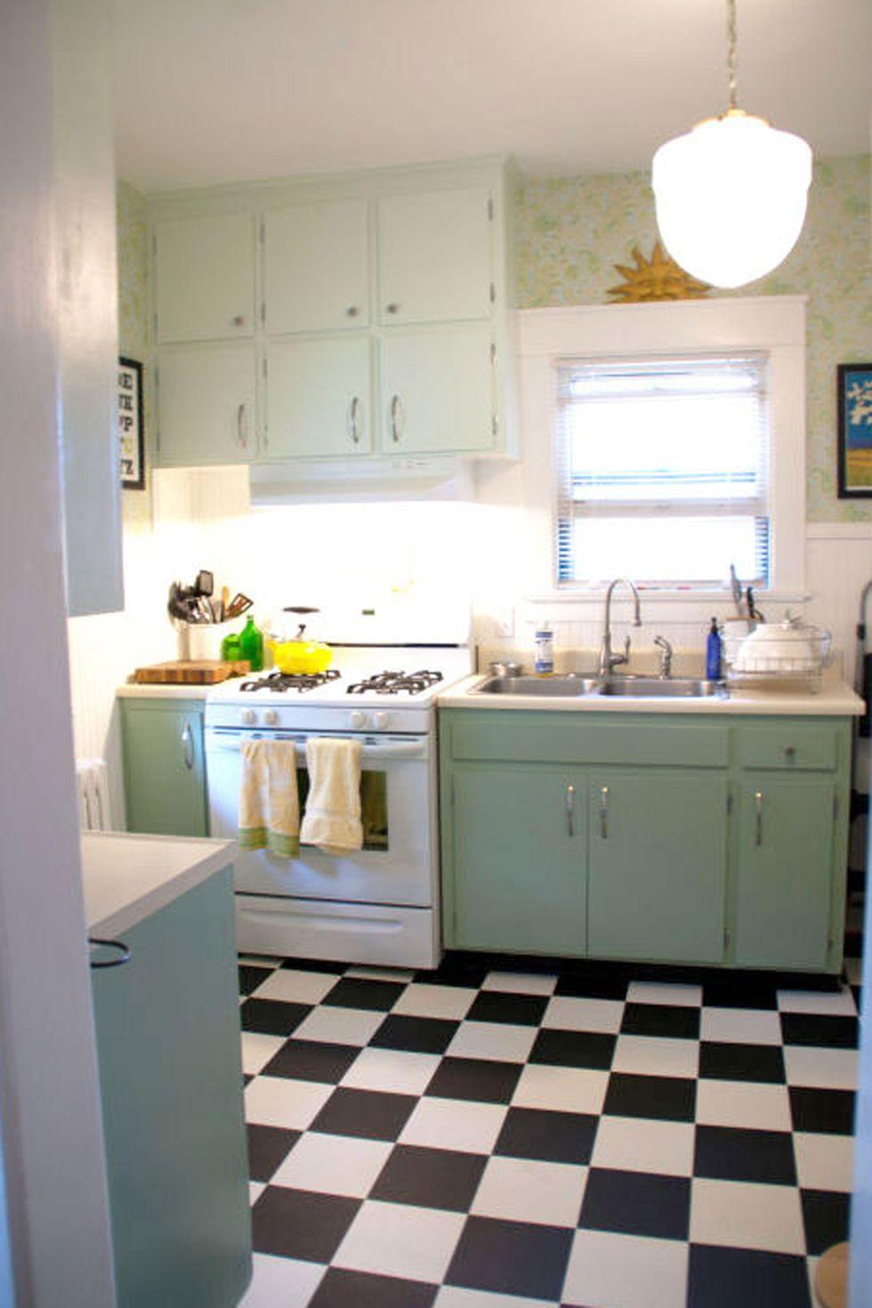 11 retro diner decor ideas for your kitchen diner decor diy kitchen decor checkered floor on outdoor kitchen vintage id=26162