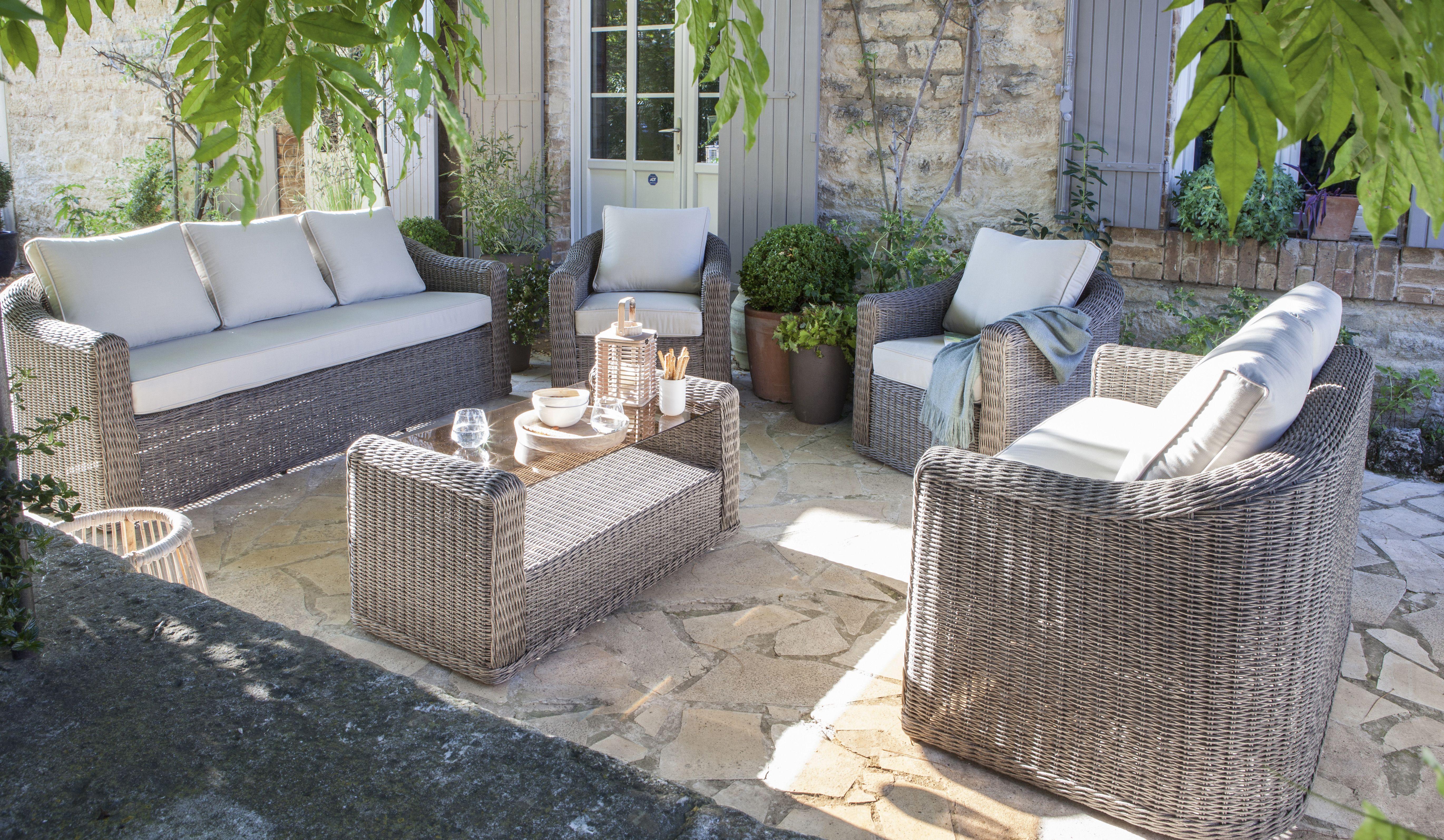 un salon de jardin gris anthracite en resine tressee pour des moments detente dans le jardin l salon de jardin castorama mobilier jardin salon de jardin gris