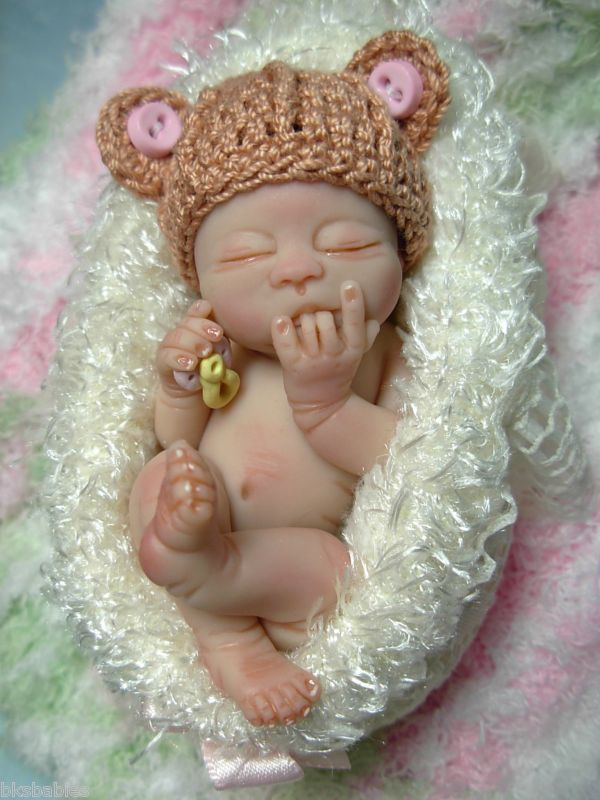 haha i sucked these same 2 fingers when i was a bebe. :} -baby made from polymer clay