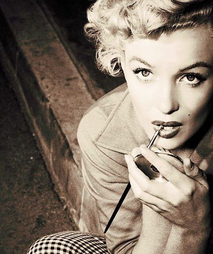 """""""Beneath the makeup and behind the smile I am just a girl who wishes for the world."""" - Marilyn Monroe"""