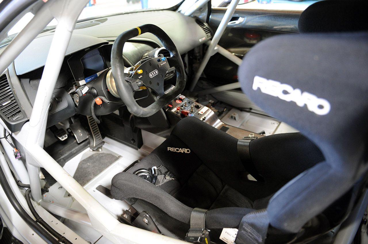 Audi R8 Lms Interior Recherche Google Audi Audi R8 Race Cars