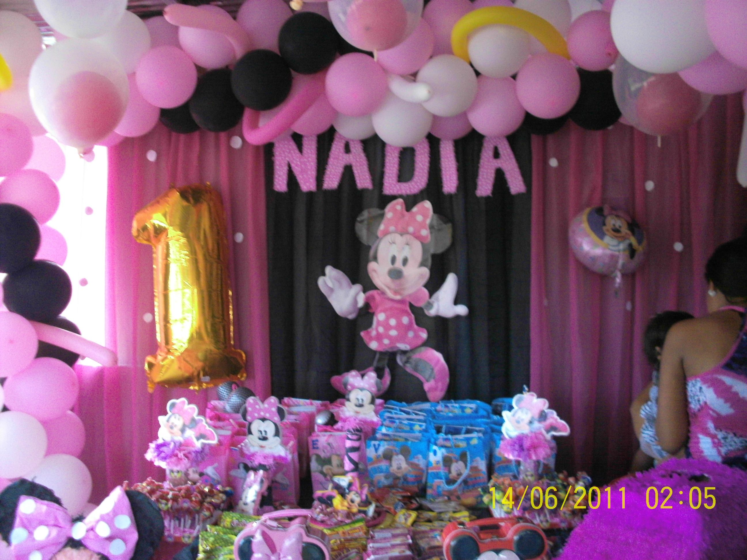 Decoraci n de cumplea os minie rosada fiestas para ni os for 3d decoration for birthday
