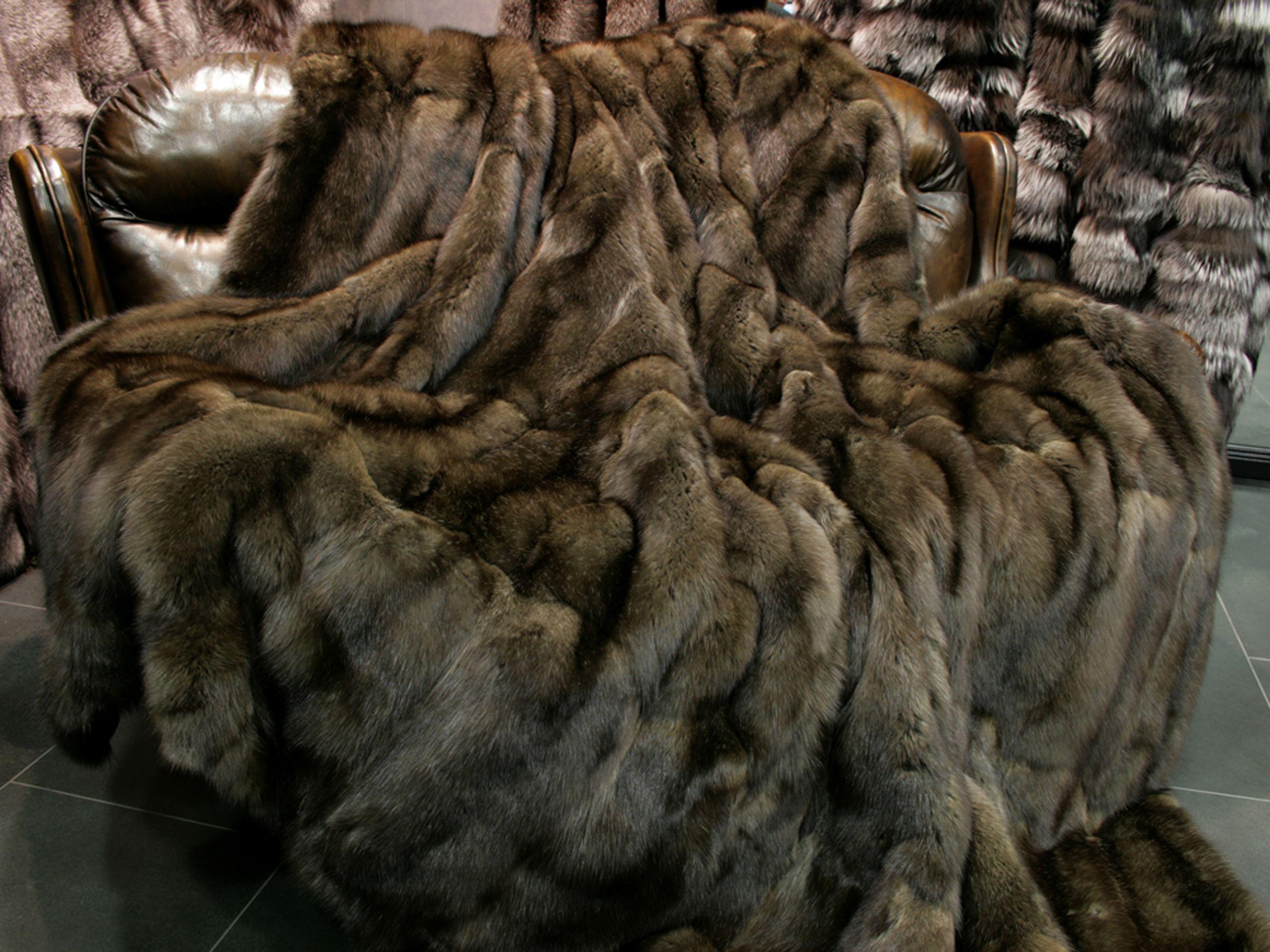 russian-sable-fur-blanket-3.jpg (2600×1950)