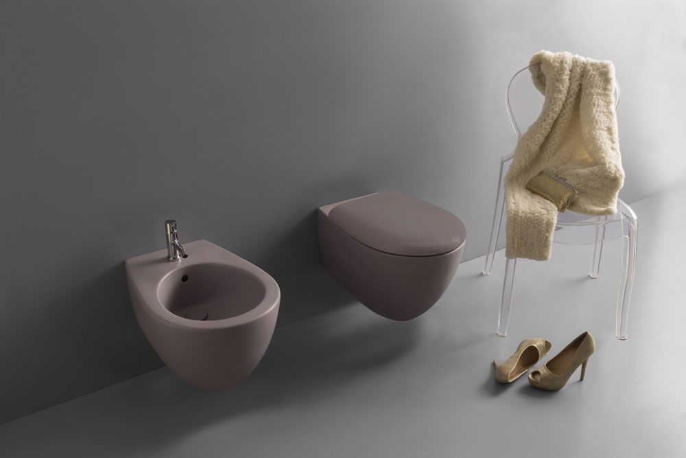 I sanitari Globo della collezione Bowl+ MULTI, sono stati concepiti per essere adattati a impianti già esistenti o in fase di parziale ristrutturazione, evitando così all'utente costi aggiuntivi derivanti da lavori di muratura.