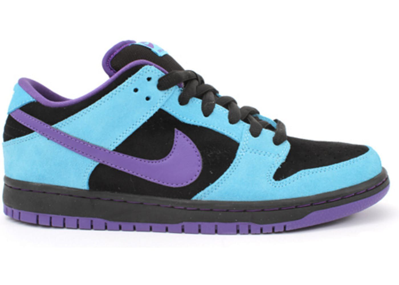 competitive price 864a1 396fd Nike Dunk SB Low Skeletor