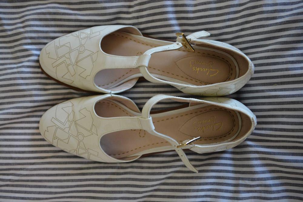 Víspera Involucrado Vandalir  CLARKS SOMERSET Taylor Palm Dress Pump Maryjane Patent T-Strap Embossed 10  NEW #fashion #clothing #shoes #accessories… | Women shoes sale, Shoes near  me, Palm dress