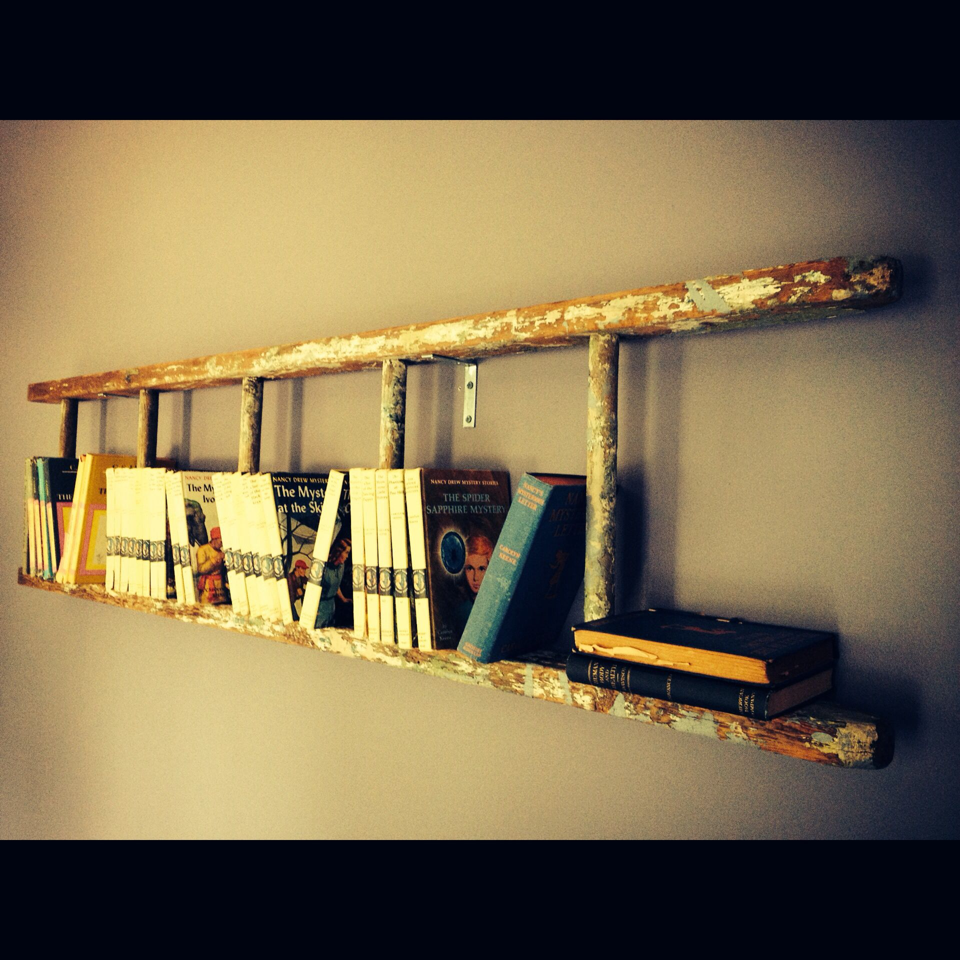 Ladder hung on wall for a bookshelf | Old Ladders | Pinterest ...