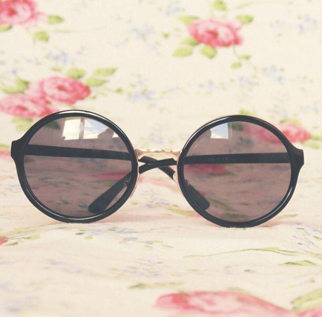 sunglasses. ♡  credits to islaay 