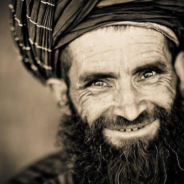 Old pashtun man | Pakhtoon beautiful pictures | Face, People