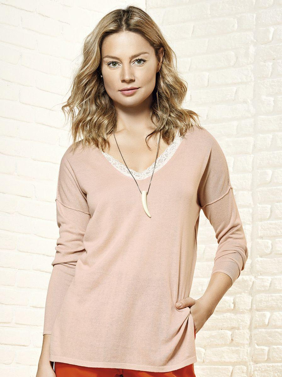 Blusa feminina em algodão e viscose com decote em v na Hering