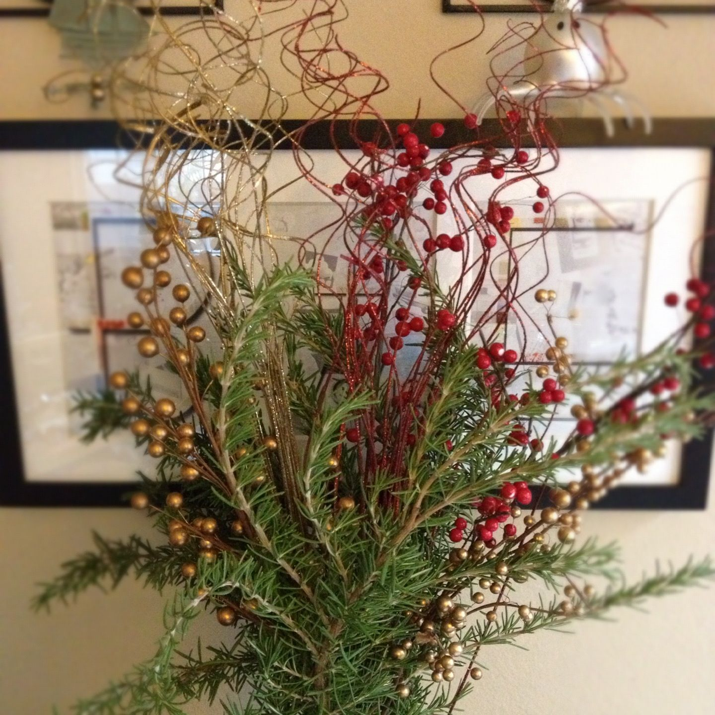 Rosemary holly berries glitter twists in a glass vase with rosemary holly berries glitter twists in a glass vase with garland for vase filler floridaeventfo Images