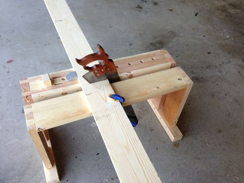 Split Top Saw Bench 4 Adding A Saw Till To The Saw Bench Bench Outdoor Decor Split Top