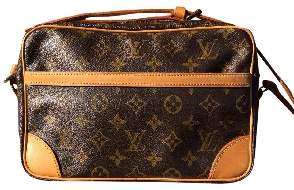 a4a0b8f8b5 Trocadero Cross Body Bag