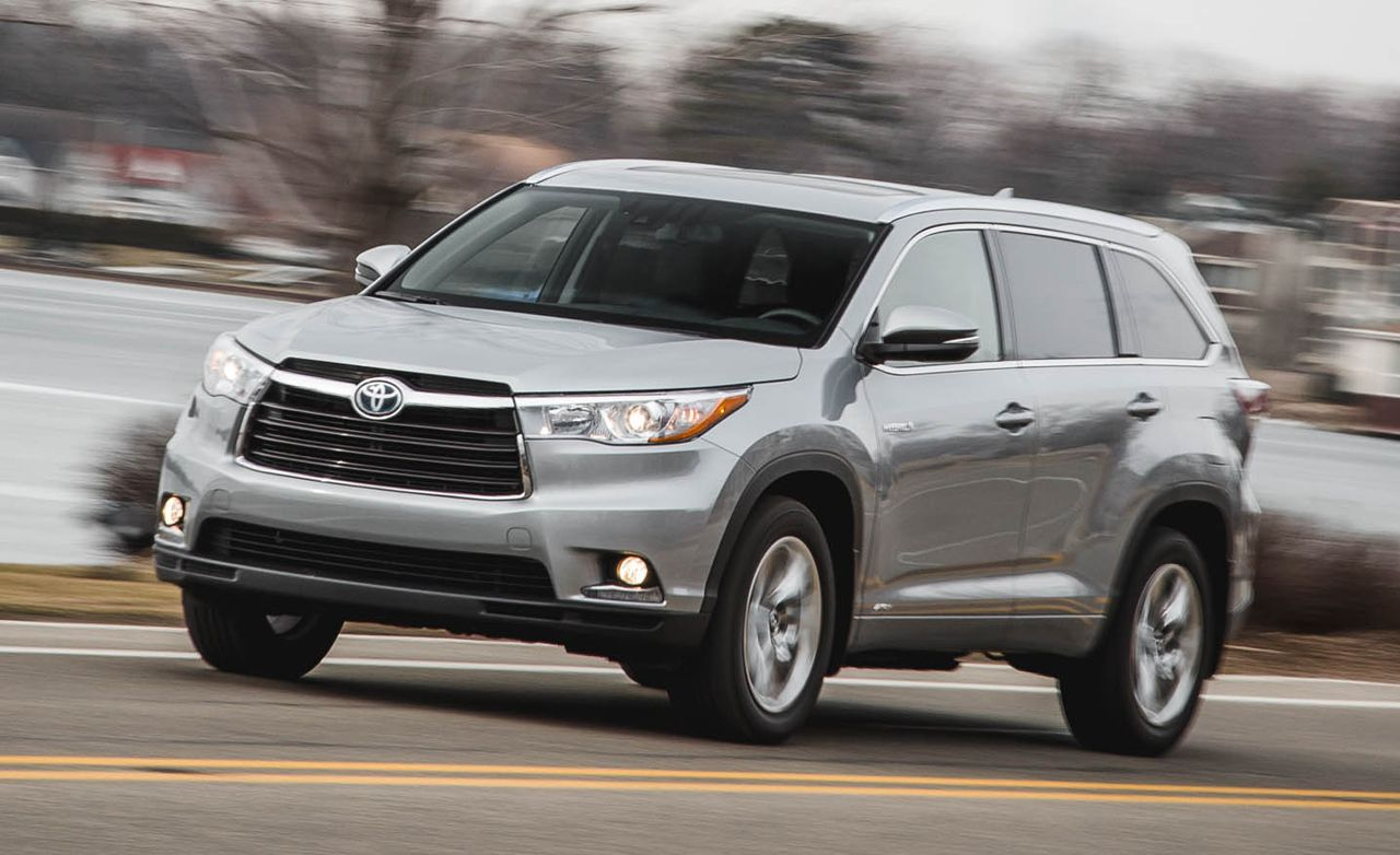 2021 Toyota Highlander Review Pricing And Specs Toyota Highlander Toyota Used Toyota Highlander