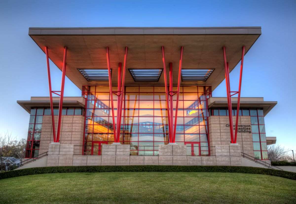 Christoverson Humanities Building At Florida Southern College