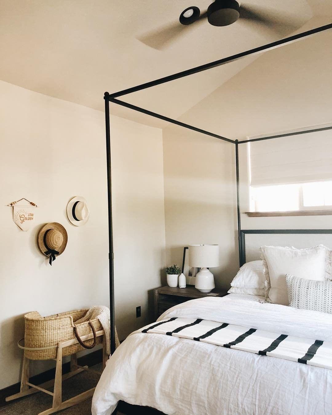 Linen Venice Set Bed Linens Luxury Guest Room Bed Black Canopy