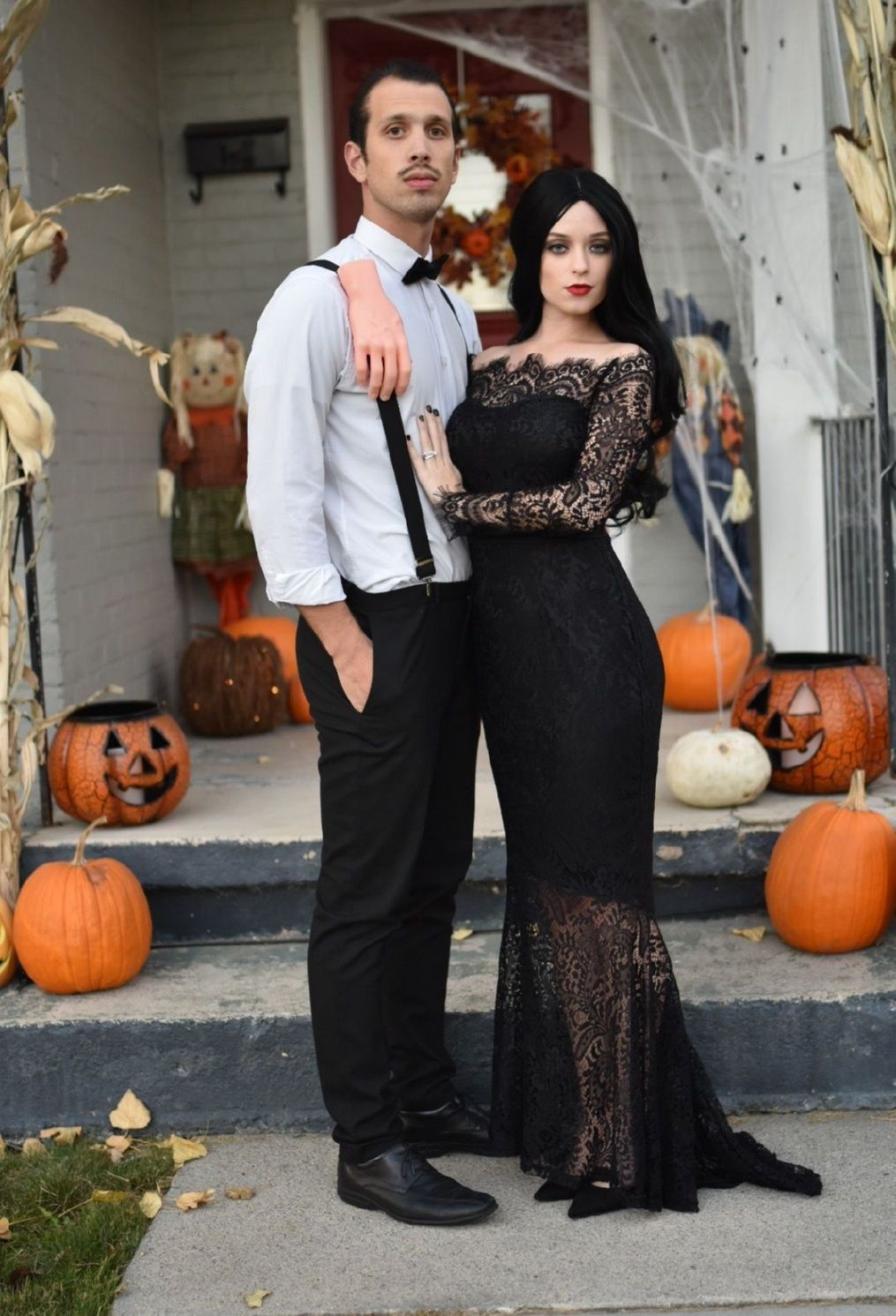 › 90s halloween costumes. Last Minute Halloween Costume… – Riley Alexandra, couples costume idea, halloween, halloween costume, Addams family, couple, family costume. #coupleshalloweencostumeideas