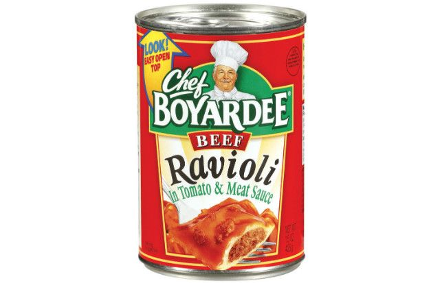 Want To Know What 39 S In The Ever Ubiquitous Chef Boyardee Beef Ravioli This Is The World 39 S 1 Selling Pre Cooked Pasta Chef Boyardee Ravioli Meat Sauce